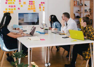 Wie Logistik-Outsourcing dich und dein Team entlastet